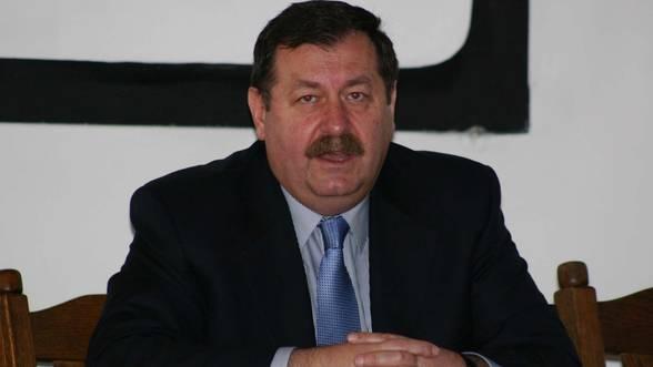 Valcea--Fostul-director-al-Oltchim-contesta-modul-cum-a-fost-fixat-pretul-de-licitatie-al-combinatului