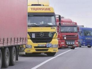 transportatorii-au-intrat-in-greva-peste-80-000-de-camioane-au-tras-pe-dreapta-109963-1