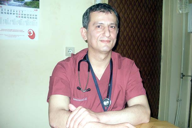 Adrian-Cacovean-doctor-chirurg