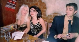 elena-udrea-si-ana-maria-topoliceanu-pe-vremea-cand-a-a-au-barba-ii-prin-cluburi-156156-1