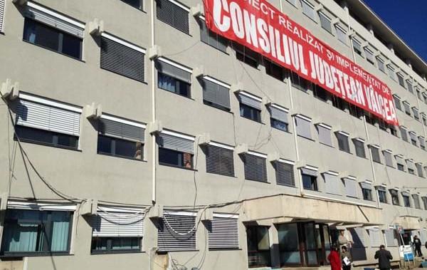 DUBLĂ SINUCIDERE la Spitalul Judeţean Vâlcea. Două femei s-au aruncat de la etaj