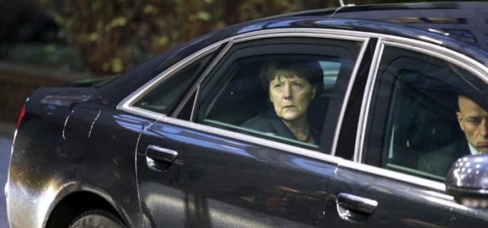 MERKEL-IN-THE-CAR-777x437