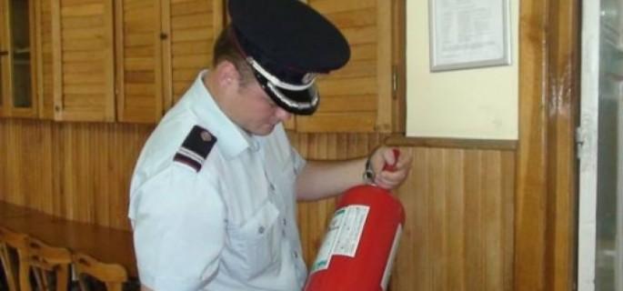 1-pompierii-iau-cu-asalt-sectiile-de-votare-din-judet