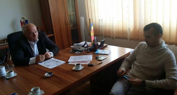 În 2018, primarul comunei Păușești-Măglași, Alexandru Dediu, va extinde iluminatul public cu 500 de lămpi cu led