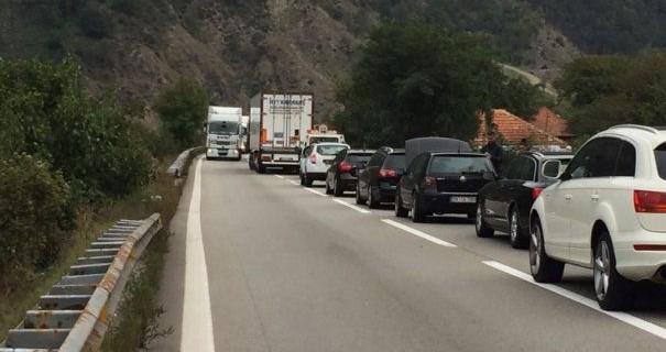 trafic blocat Valea Oltului
