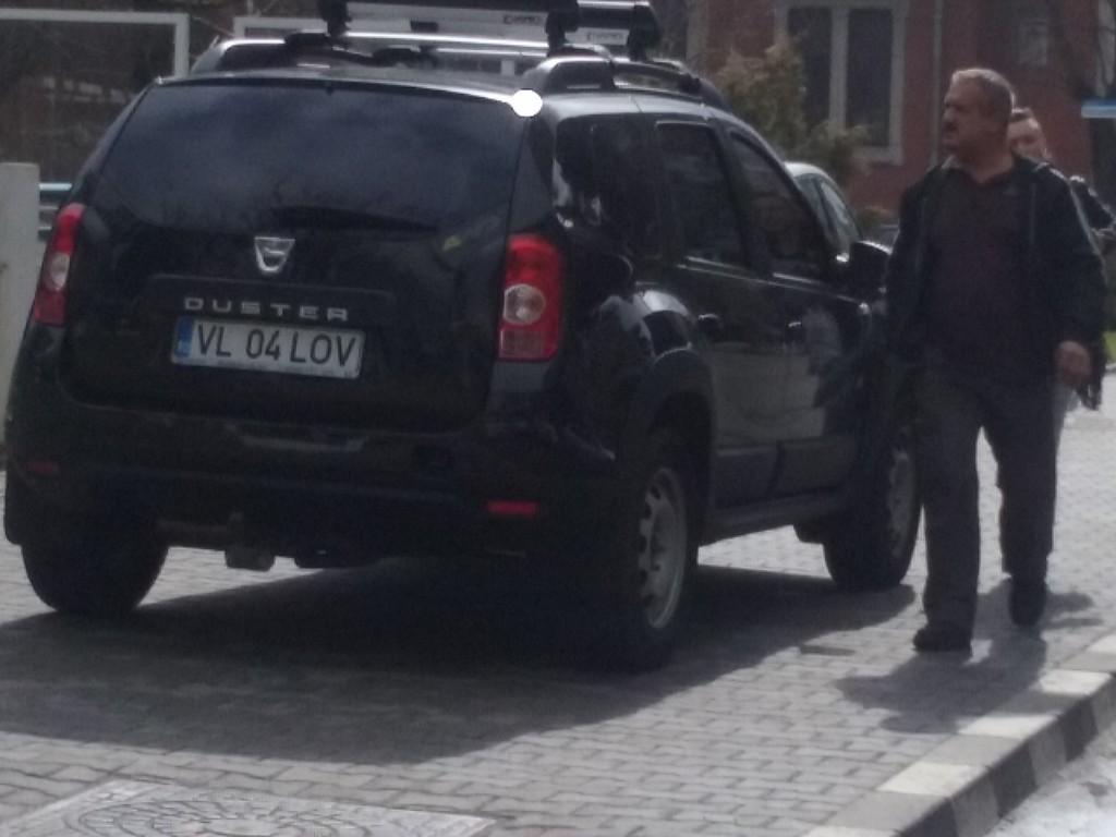 Buican masina parcare ilegala (3)