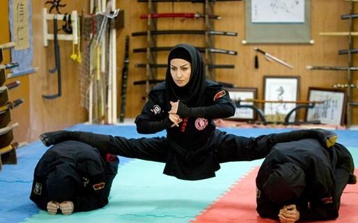 femei+luptatoare+iran+caren+firouz+reuters+guardian_224149