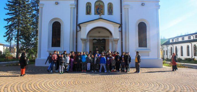 copii-orfani-arhiepiscopie