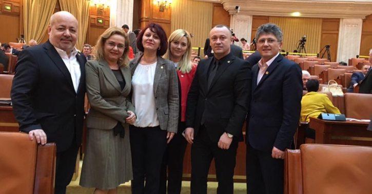 Iniţiativă legislativă, în folosul patronilor, propusă de deputaţii vâlceni Eugen Neaţă şi Daniela Otesanu