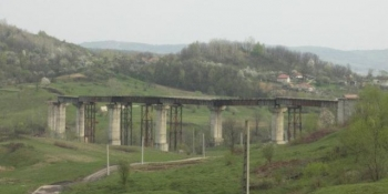 gaura-neagra-a-cfr-calea-ferata-valcele-ramnicu-valcea-costa-1000-dolari-pe-zi-fara-sa-fie-functionala-230263