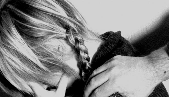 Compensaţiile financiare acordate de instanţă unei mame pentru fetiţa sa agresată de un pedofil