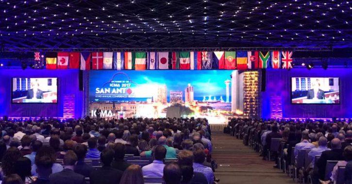 Presedintele AAPRO, Marian Florea, si primarul Mugur Marcoianu reprezinta Romania la Conferința Asociației Internaționale a City Managerilor din San Antonio – SUA
