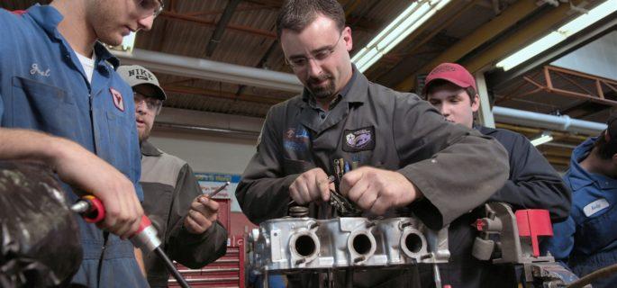 mecanici-auto-profesionale-service