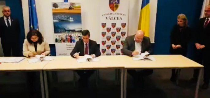 contract-semnat-radulescu-715x400