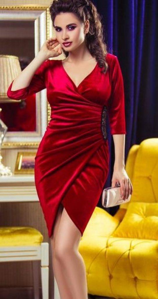 rochie-rosie