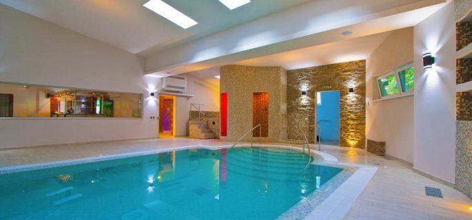 piscina-apa-calda-spa-hotel-orizont-cozia - Copy