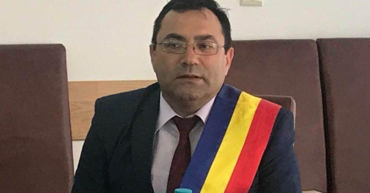 Primarul comunei Bujoreni, Gheorghe Gingu, nu pleaca la PNL