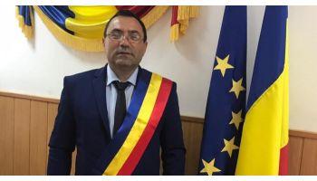 """Gheorghe Gîngu: Consiliul Local a decis implementarea proiectului """"Înfiinţare sistem de distribuţie gaze naturale în comuna Bujoreni"""""""