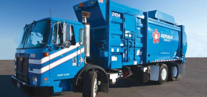 2-Republic-waste-CNG-truck