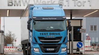 2888-iveco-stralis-np-bmw-group-1000x695