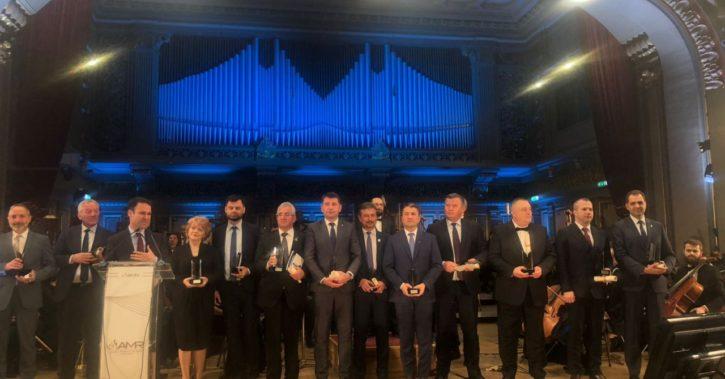 Primarul Mircia Gutău a primit Premiul Special al Galei Asociaţiei Municipiilor din România 2018