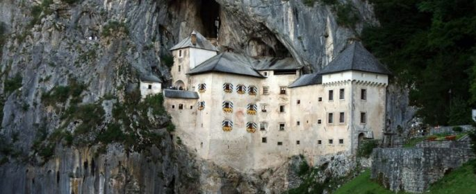 Castel Valcea