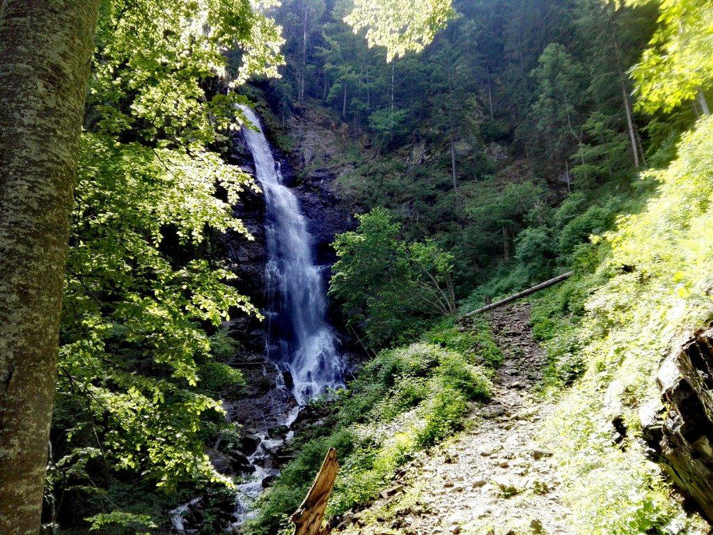 Cascada-Scorusu-sau-a-lui-Ciuca-Malaia-Valcii-Valcea-obiective-turistice-Valea-Oltului-Transalpina-Vidra-Voineasa-Romania-11