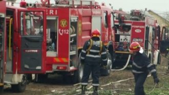 explozie-urmata-de-incendiu-la-fabrica-de-armament-din-babeni-un-tanar-a-decedat-594067