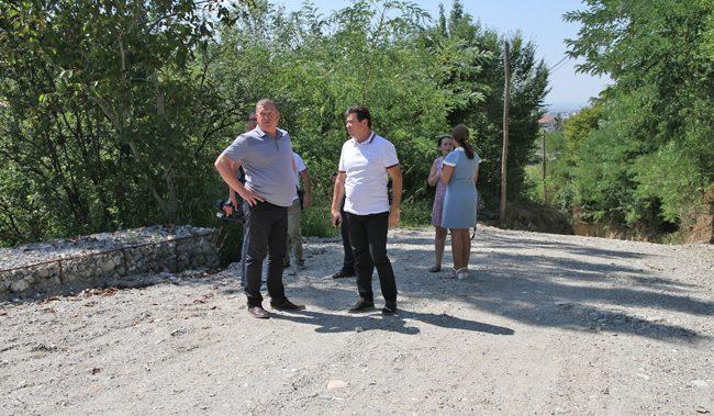 Primarul Mircia Gutău a inaugurat două lucrări complexe finalizate în zone limitrofe ale municipiului