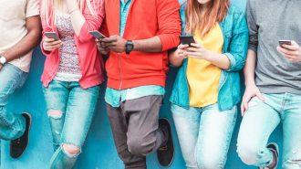 TOP 4 lucruri din istoria telefoanelor mobile pe care orice valcean TREBUIE sa le stie