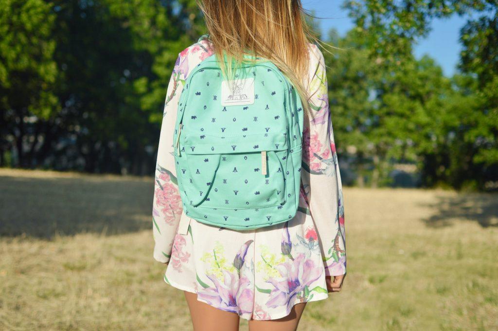 Nu știi ce fel de geantă să îți cumperi Iată câteva sfaturi pentru femeile din Vâlcea care își doresc un accesoriu practic și la modă! 2