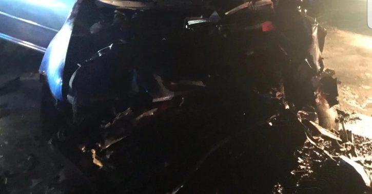 Accident în Vâlcea. Şoferul unei maşini a murit după ce a intrat pe contrasens