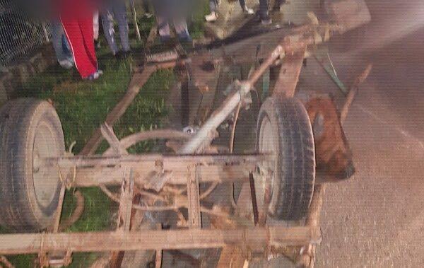 Un mort și doi răniți în urma unui accident între un autoturism și o căruță