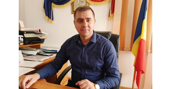 Primarul din Berislăvești, Nicolae Popescu, va construi un pod spre Lotreni, în satul Rădăcinești