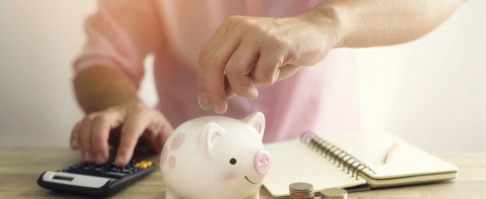 main_saving-money