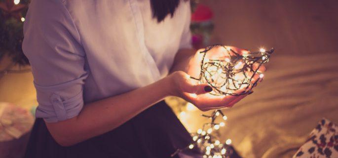 Iată 3 idei de fotografii artistice pe care le poți face de Crăciun cu telefonul tău (1)