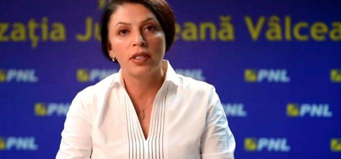 Claudia Banu senator
