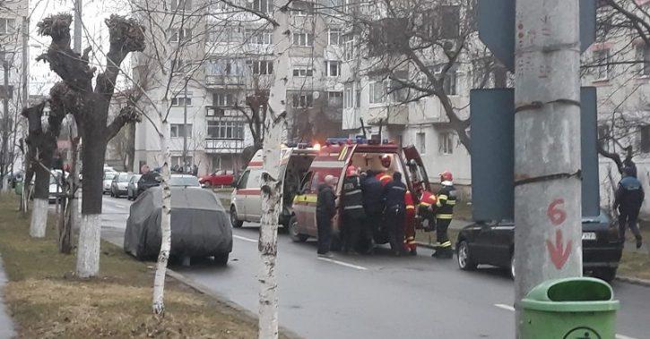Doi muncitori care renovau o locuință au fost omorâți de fostul proprietar, care i-a sechestrat în apartament și apoi i-a înjunghiat