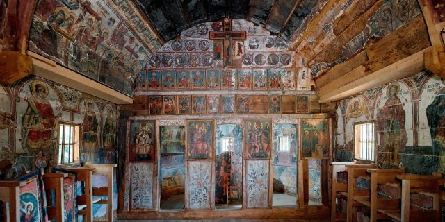 Biserica-de-lemn-Ursi-640x400