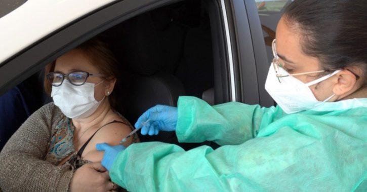 Valcenii se pot imuniza împotriva COVID-19 cu serul Pfizer BioNTech, direct din mașină!