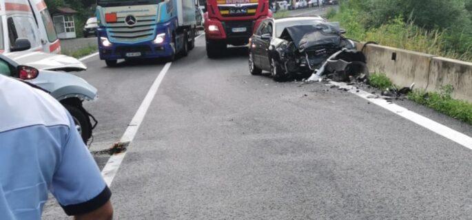 accident-caineni-1068x1424