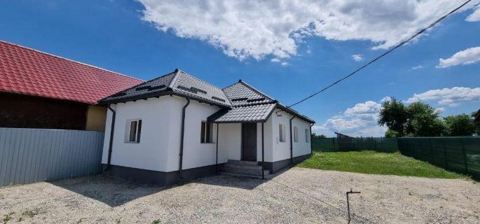 Vand casa cu teren 1500 mp in Mihaesti, aproape de Ramnicu Valcea
