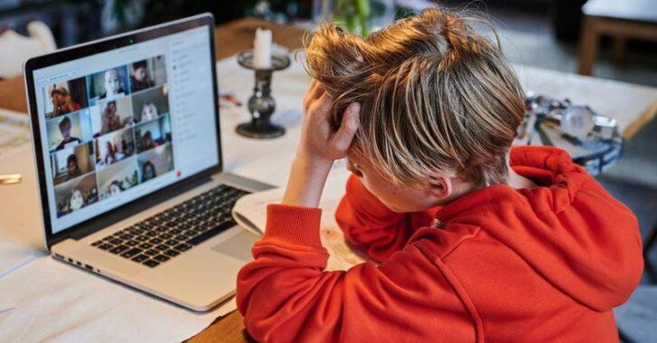 Cîmpeanu: Există șanse ca din 8 noiembrie școala să înceapă online